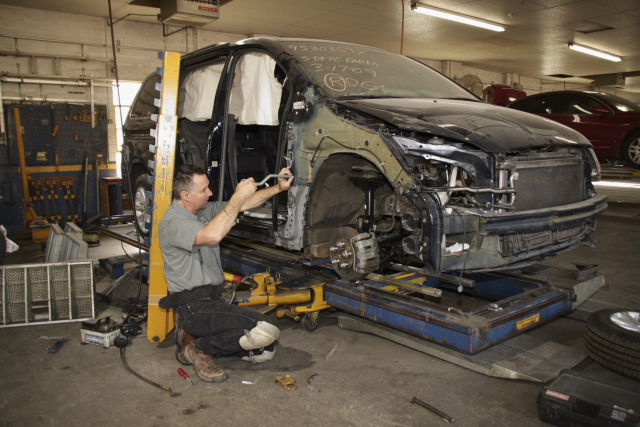 Minivan auto body shop